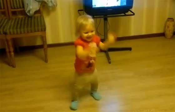 Видео приколы про танцы детей