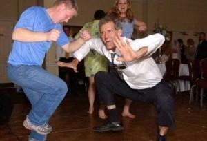 Видео приколы - пьяные танцы
