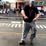 Прикольные уличные танцы — видео